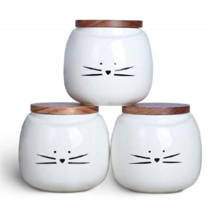 recipiente de cerámica con tapa