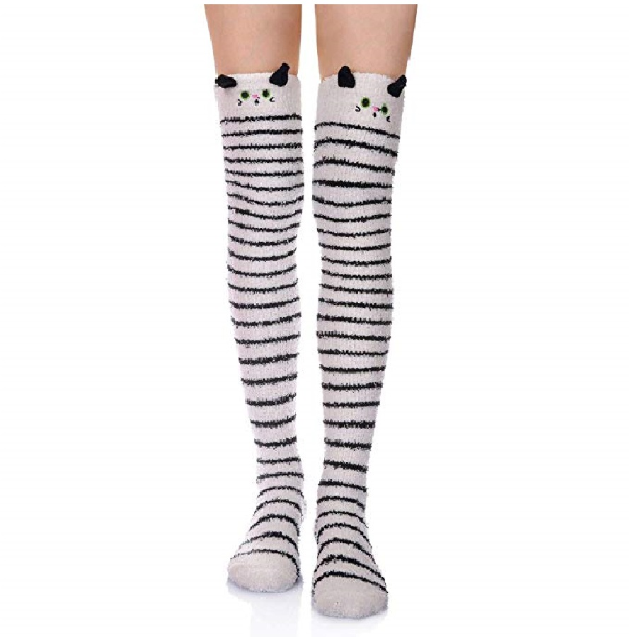 calcetas largas con diseños de gatos