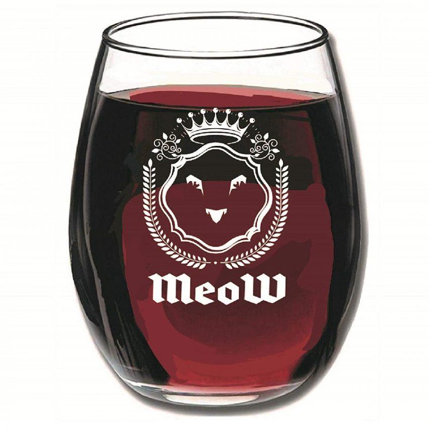 copas para vino espumoso de gatos