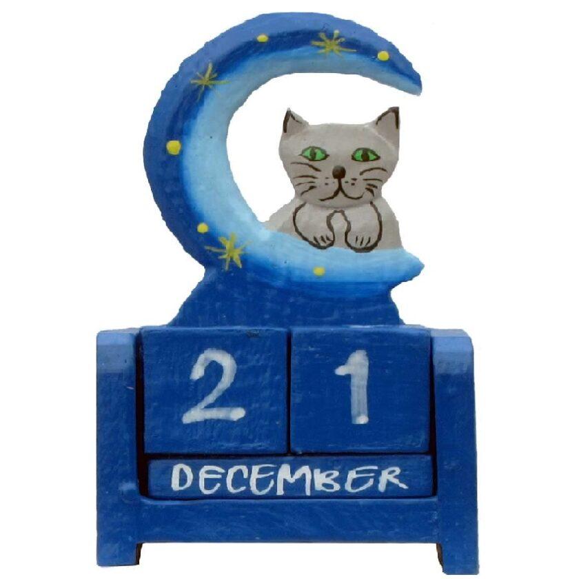 calendario de madera para escritorio de gato